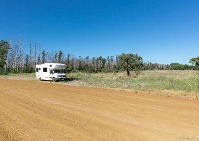 Übernachtung am Straßenrand wegen überfülltem Campingplatz, West-Australien