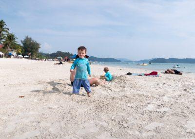 Breiter Sandstrand, Cenang Beach, Langkawi